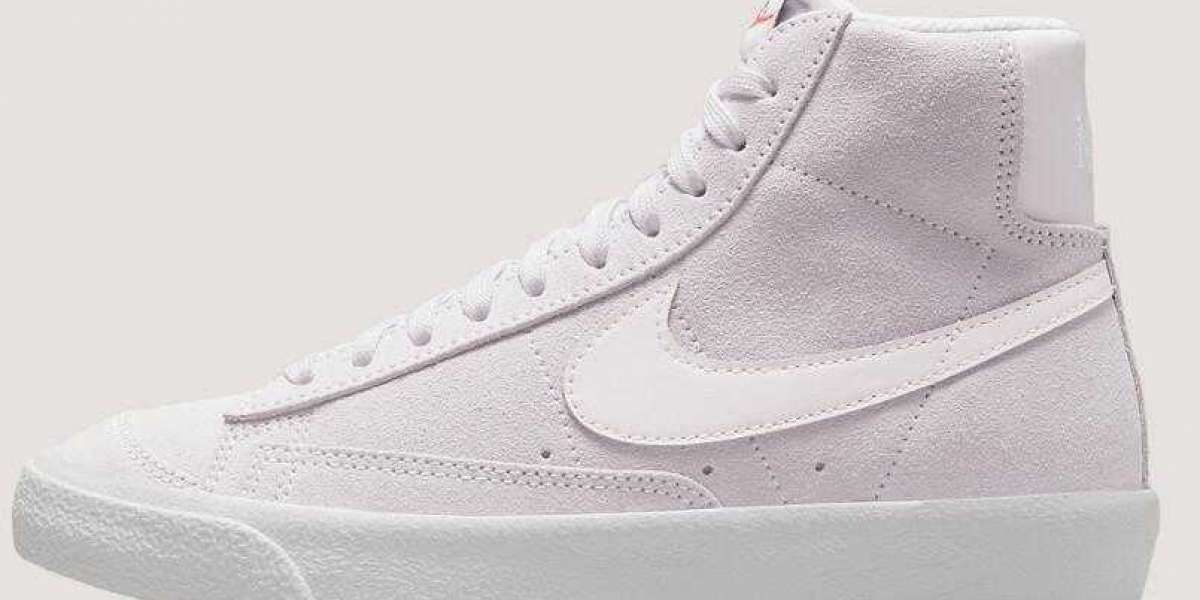 """New Nike Blazer Mid Get """"Light Violet"""" Colorway Just In Time For Spring"""