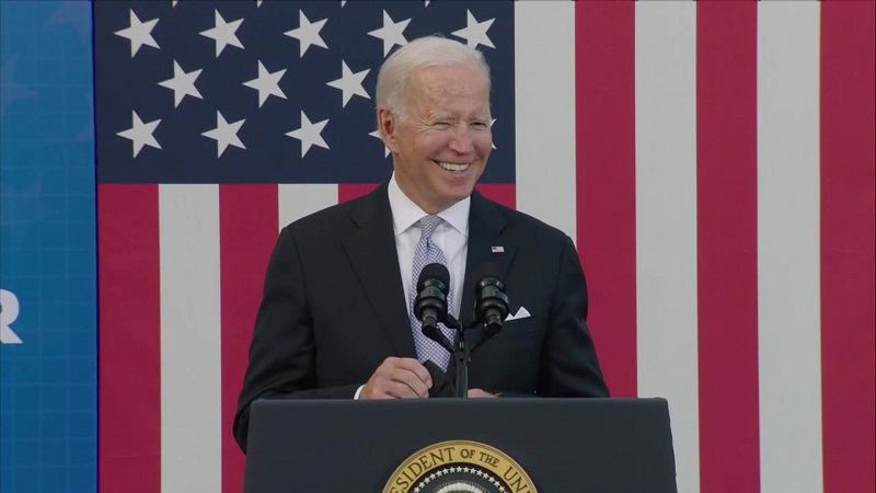 Biden Touts Rail, Suggests Taking 'Literally Millions Of Automobiles Off The Road,' Makes Huge Gaffe (Video) ⋆ Conservative Firing Line